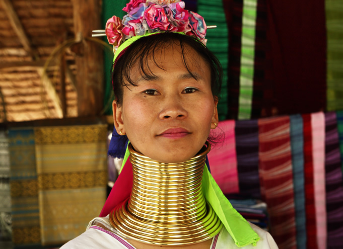 A woman from Thailand with brass necklaces elongating her neck